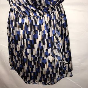 White House Black Market Dresses - White House Black Market wrap Dress sz 0.